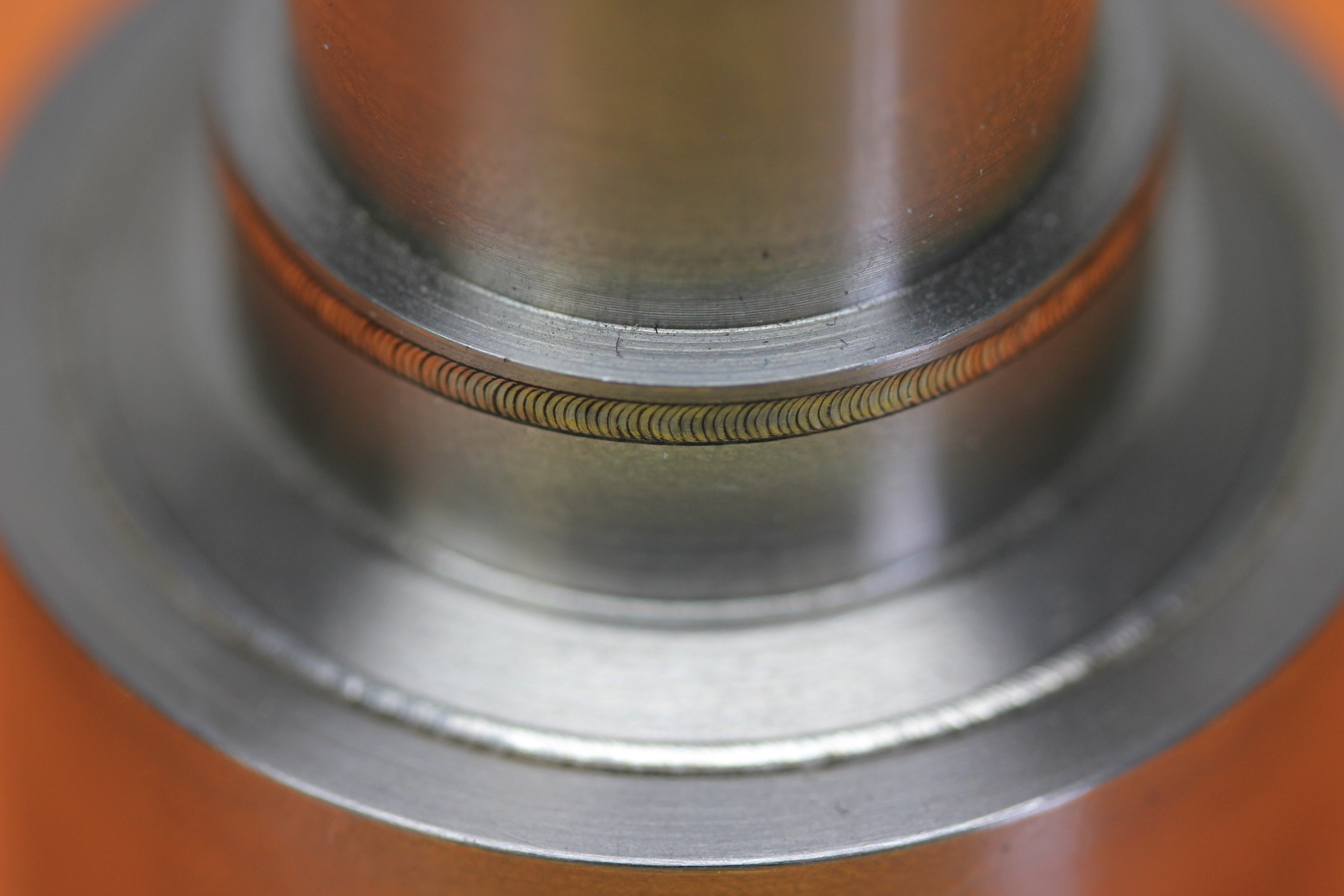 Tubular seam welding of engine components with a 400W pulsed Nd: YAG laser